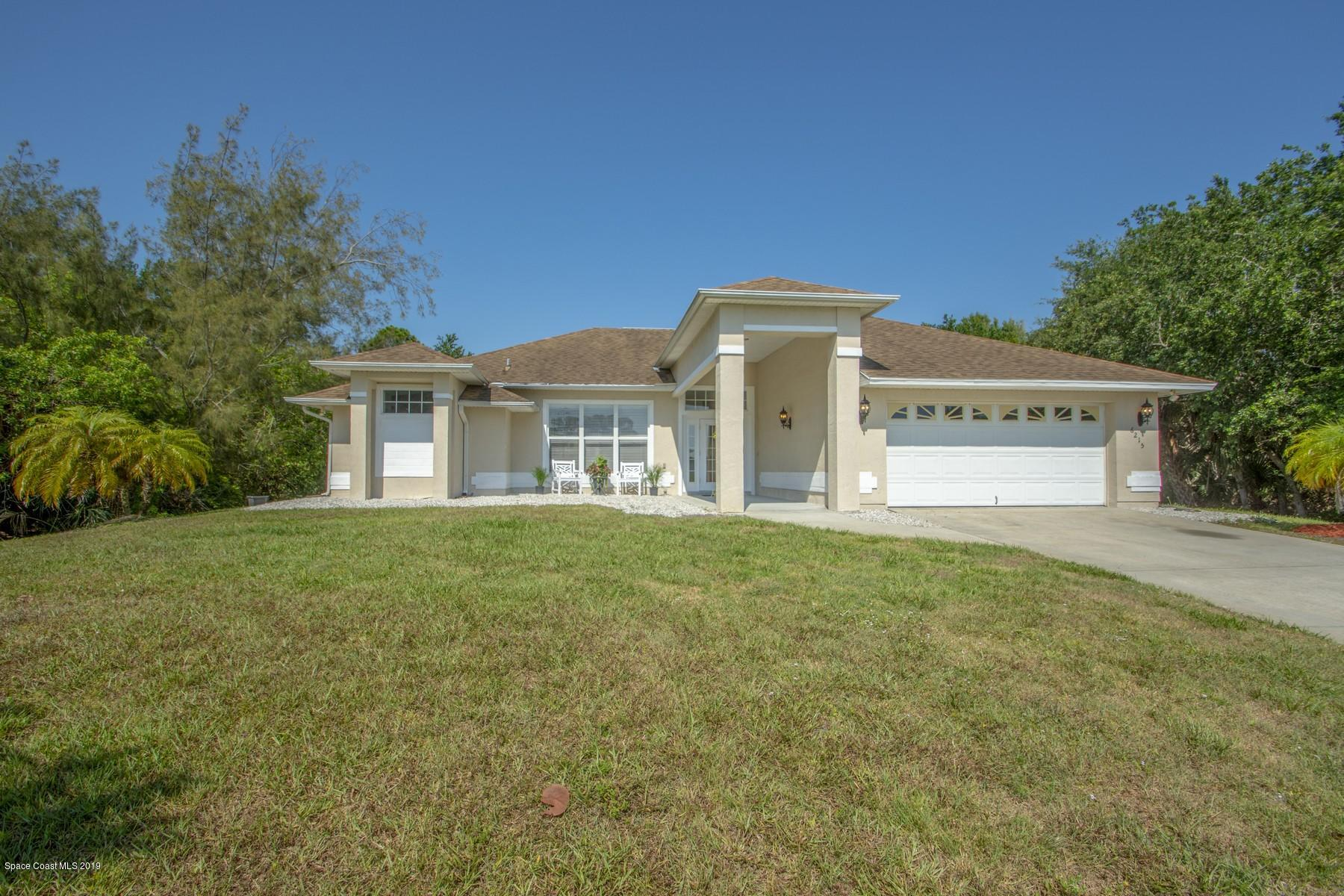 Single Family Homes for Sale at 6215 109th Sebastian, Florida 32958 United States