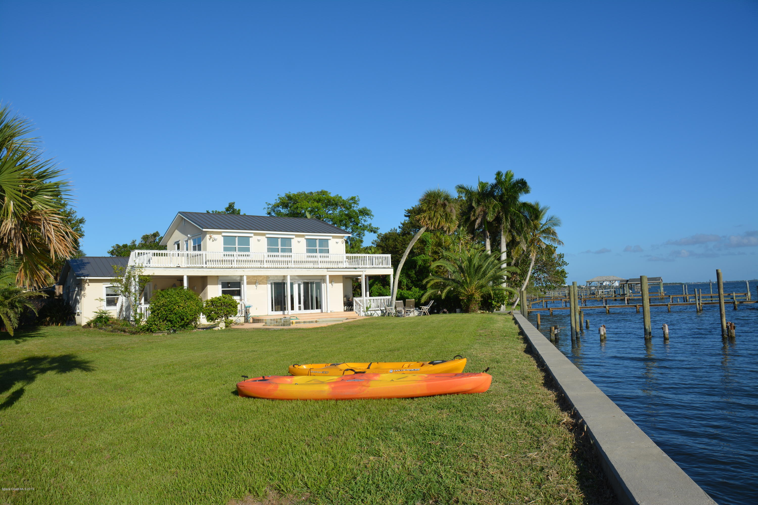 Single Family Homes for Sale at 395 Richards Melbourne Beach, Florida 32951 United States