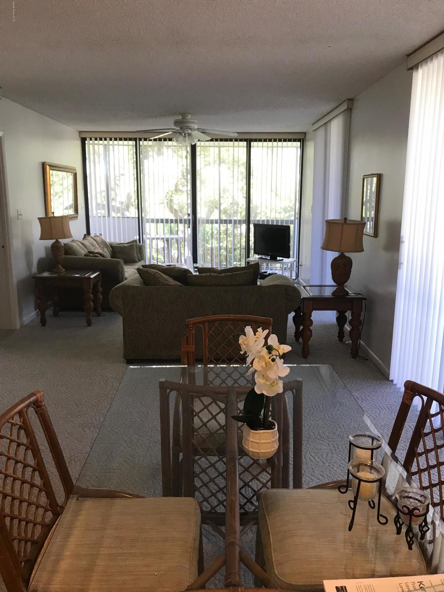 Additional photo for property listing at 300 Columbia Cape Canaveral, Florida 32920 Verenigde Staten