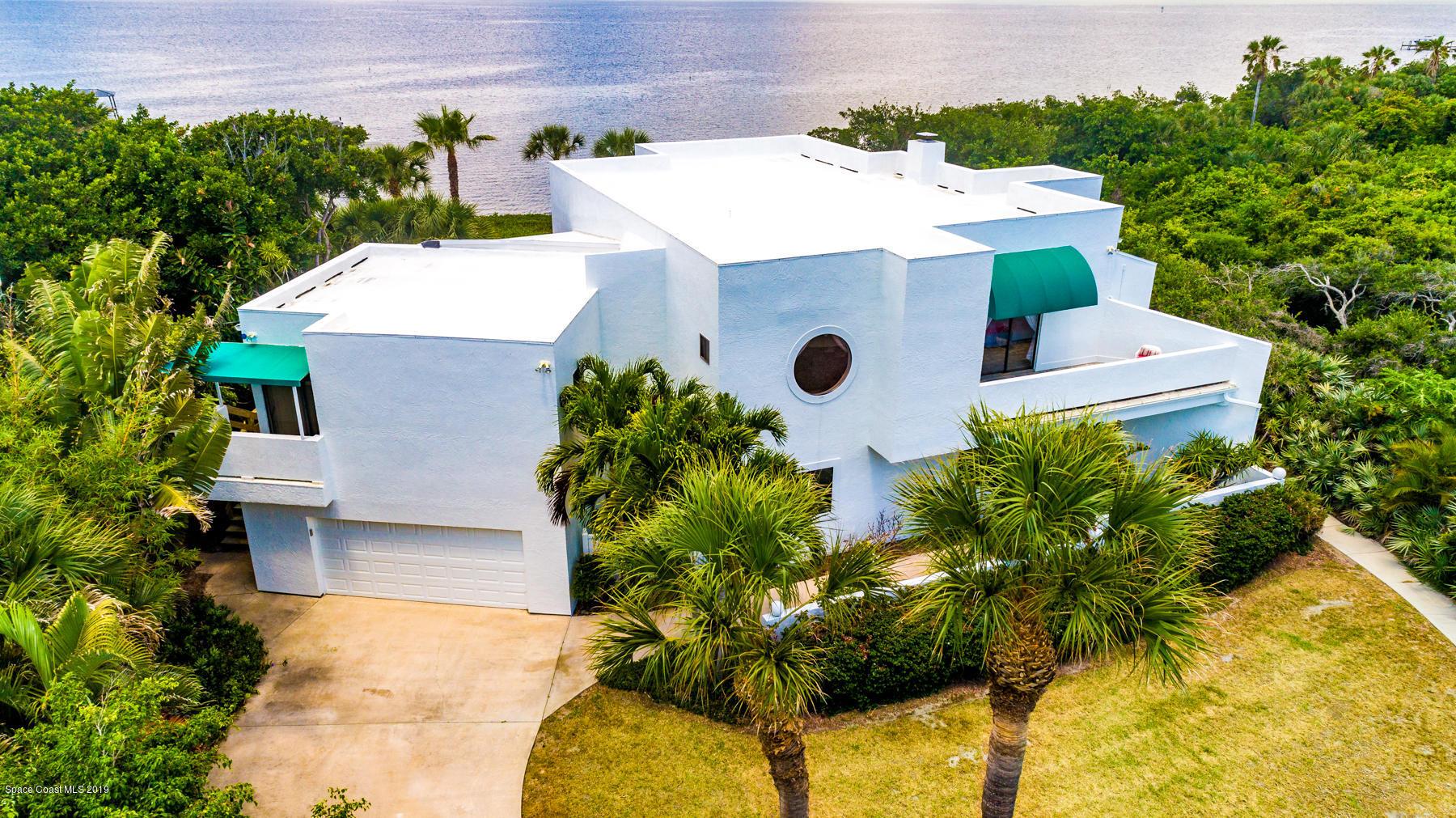 Single Family Homes för Försäljning vid 4650 S Highway A1a Melbourne Beach, Florida 32951 Förenta staterna