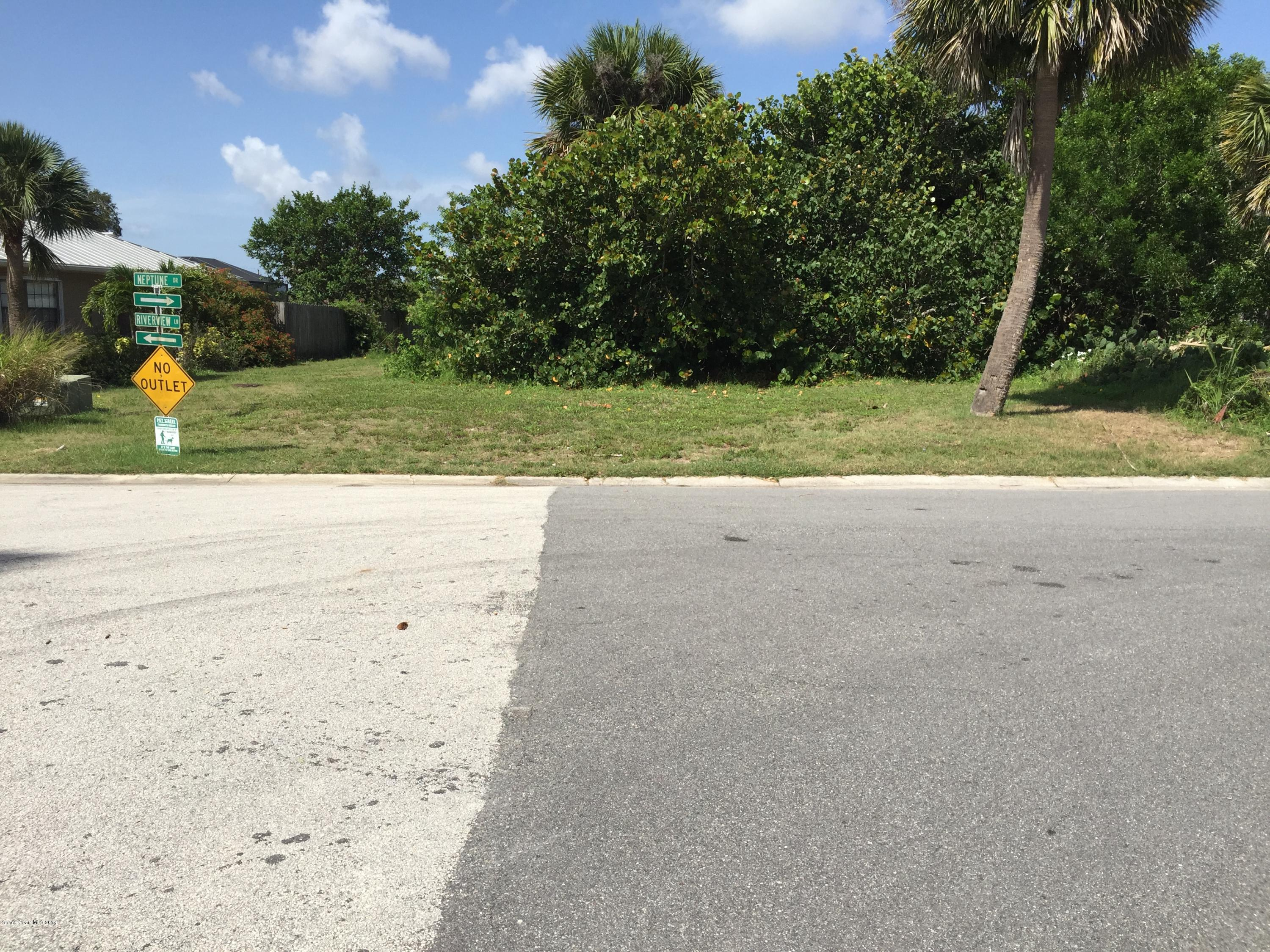 Additional photo for property listing at 394 River View Melbourne Beach, Florida 32951 United States