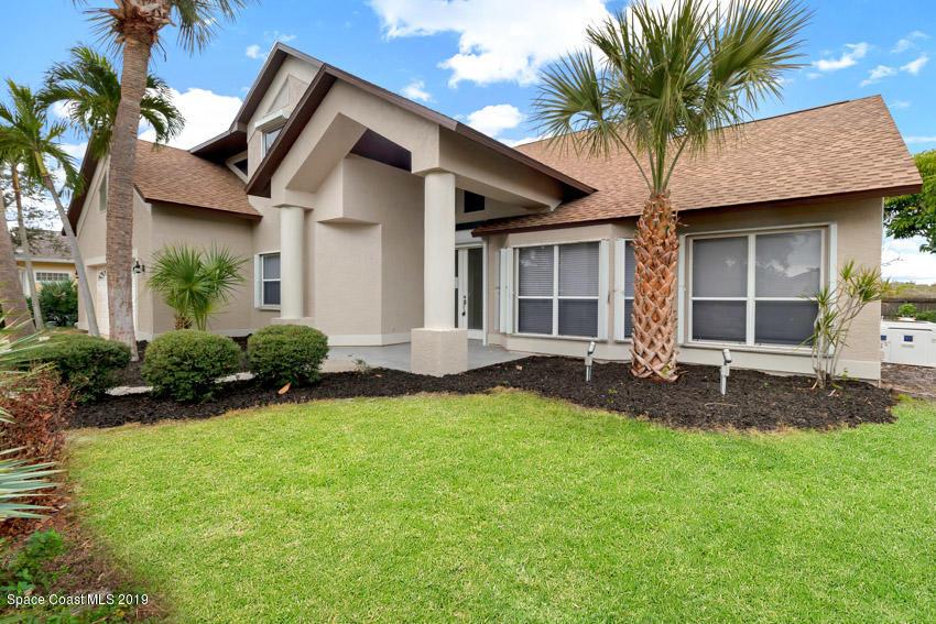 Single Family Homes for Sale at 542 Sanderling Melbourne, Florida 32903 United States