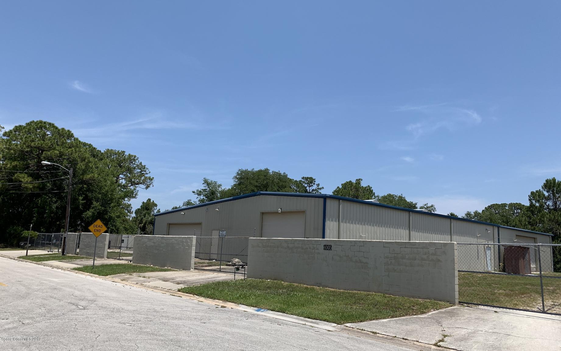 Comercial para Alugar às 4005 Capron Titusville, Florida 32780 Estados Unidos