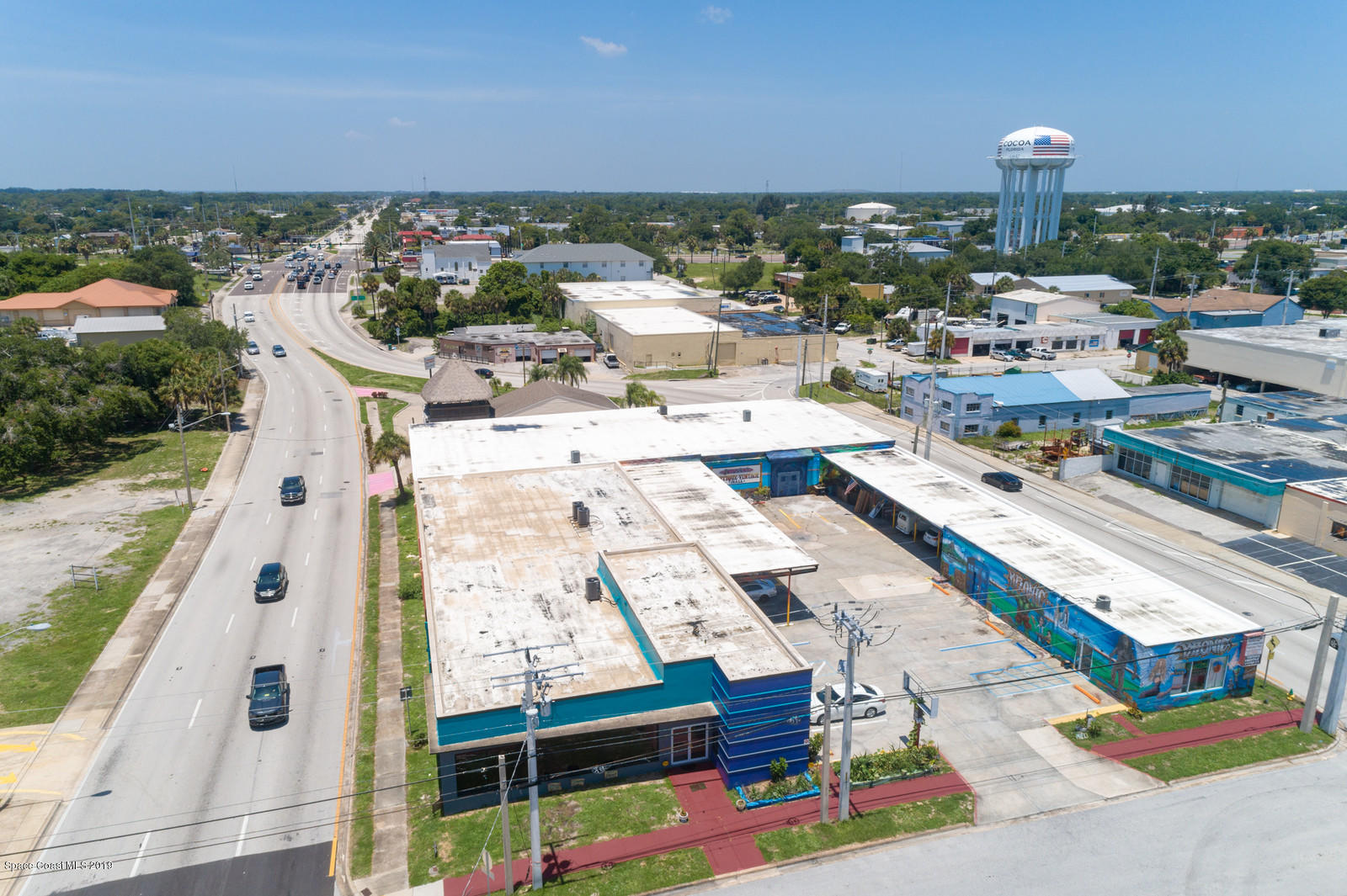 Commercial for Rent at 127 Hughlett Cocoa, Florida 32922 United States