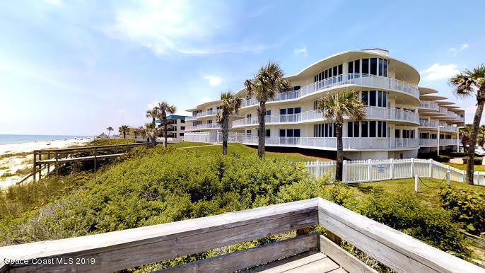 Single Family Homes 為 出租 在 601 N Miramar Indialantic, 佛羅里達州 32903 美國