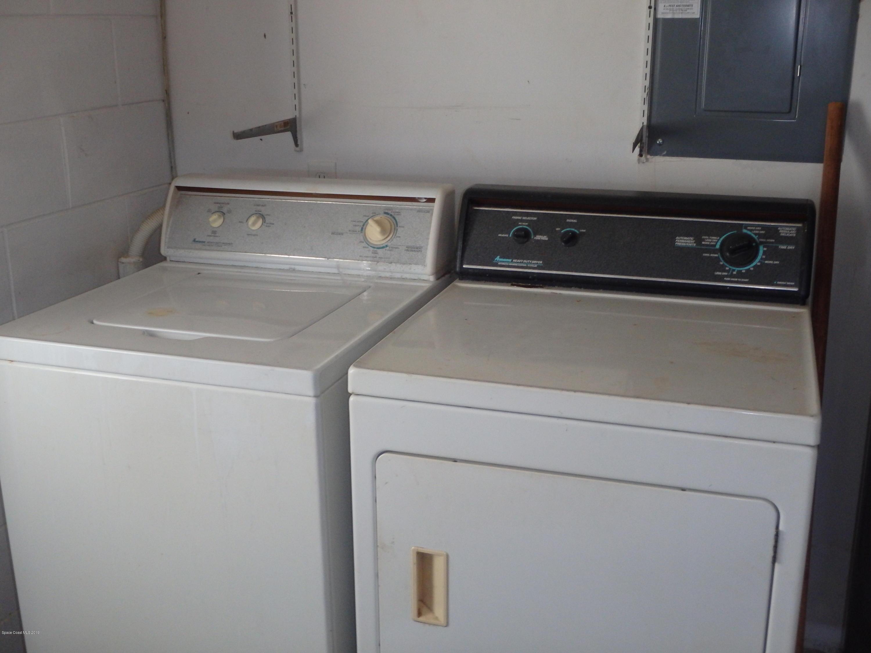 Additional photo for property listing at 425 Sundoro Merritt Island, Florida 32953 Estados Unidos