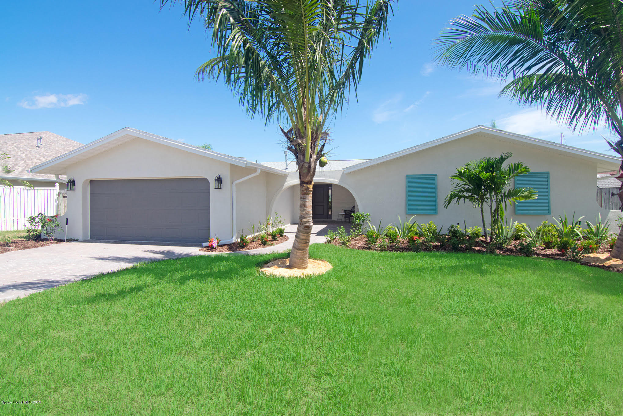 Single Family Homes for Sale at 431 Port Royal Satellite Beach, Florida 32937 United States