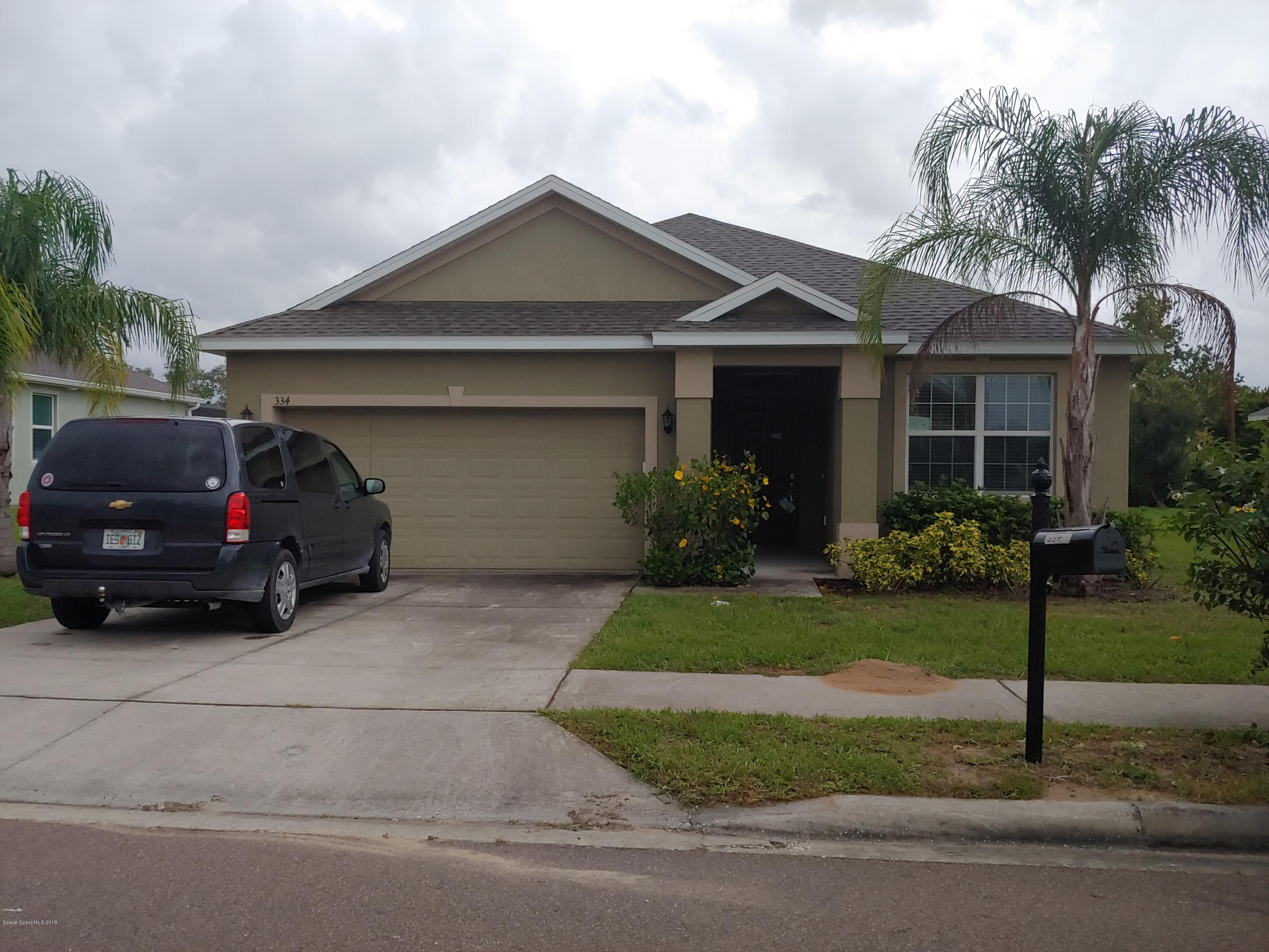 Single Family Homes pour l Vente à 334 Highland Meadows Davenport, Floride 33837 États-Unis