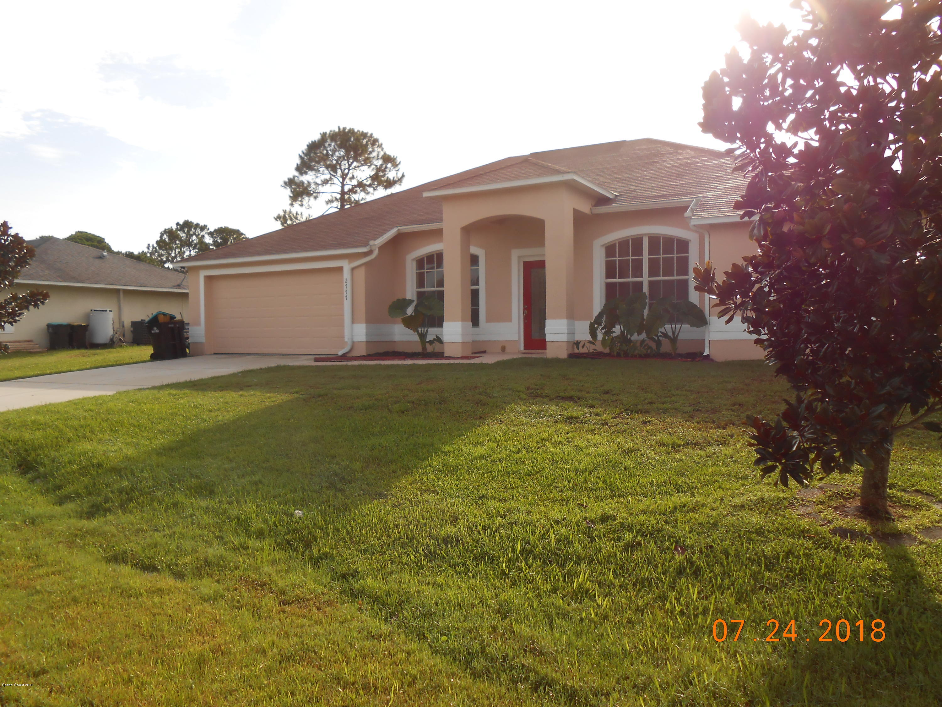 Single Family Homes for Rent at 2777 SW Fitzpatrick Palm Bay, Florida 32908 United States