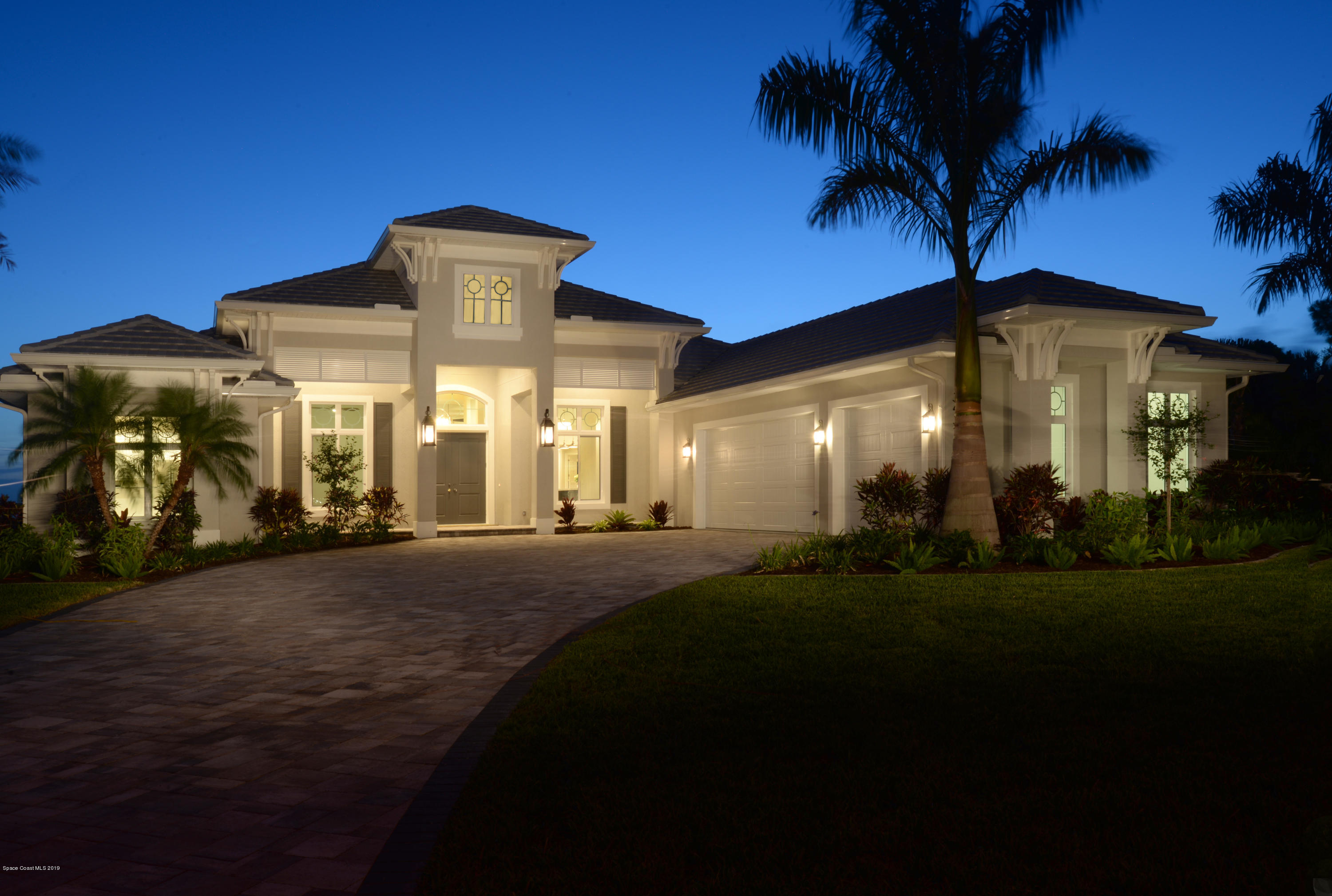 Single Family Homes per Vendita alle ore 196 Tequesta Harbor Merritt Island, Florida 32952 Stati Uniti