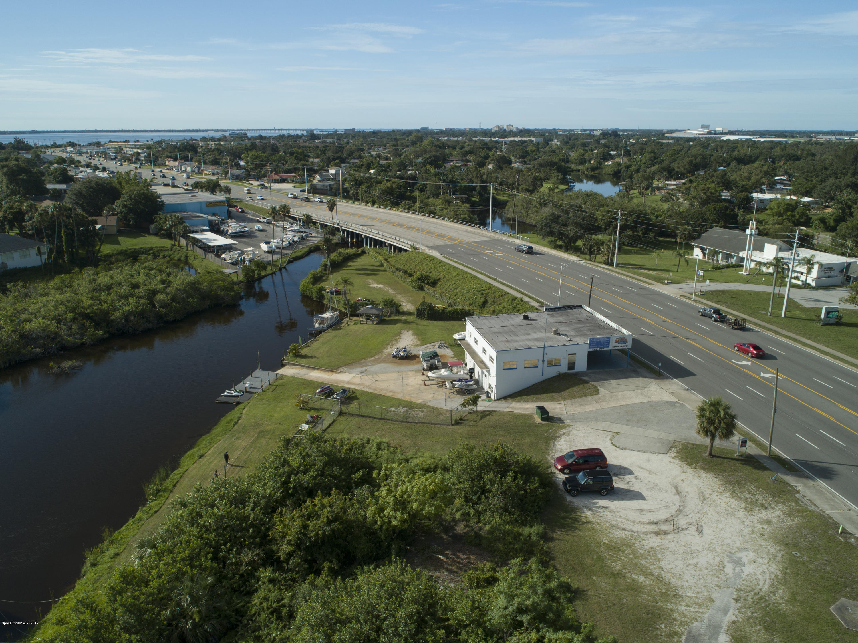 Commercial for Rent at 729 N Harbor City Melbourne, Florida 32935 United States