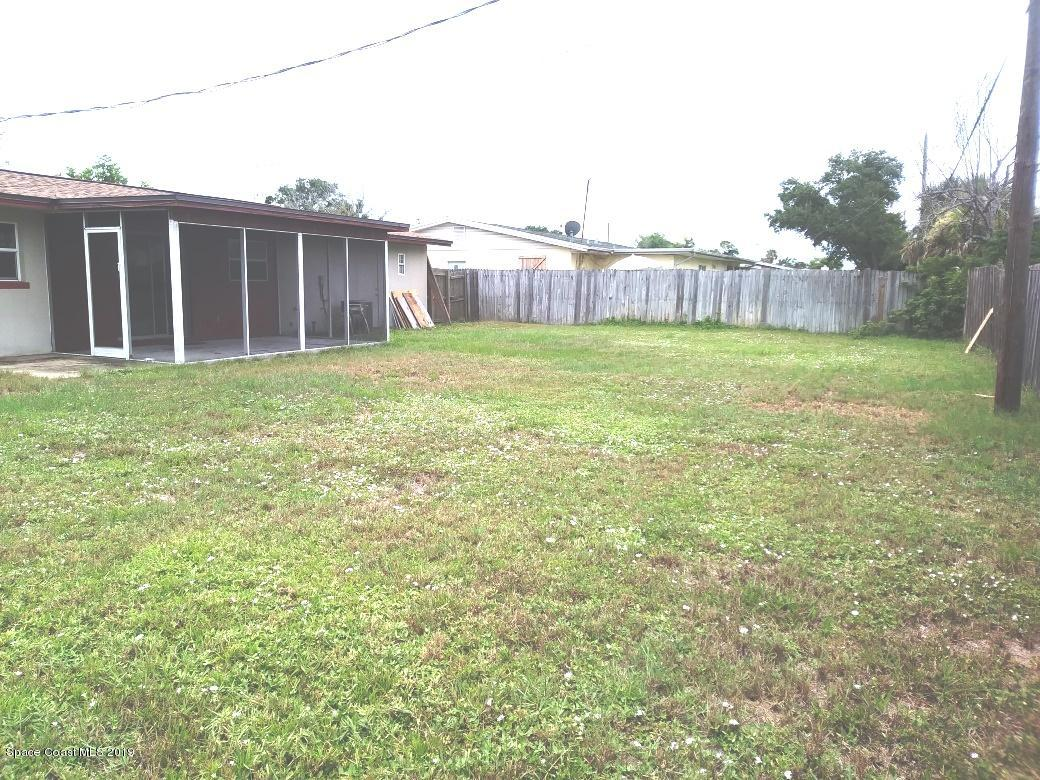 Additional photo for property listing at 1896 Barkley Melbourne, Florida 32935 Estados Unidos