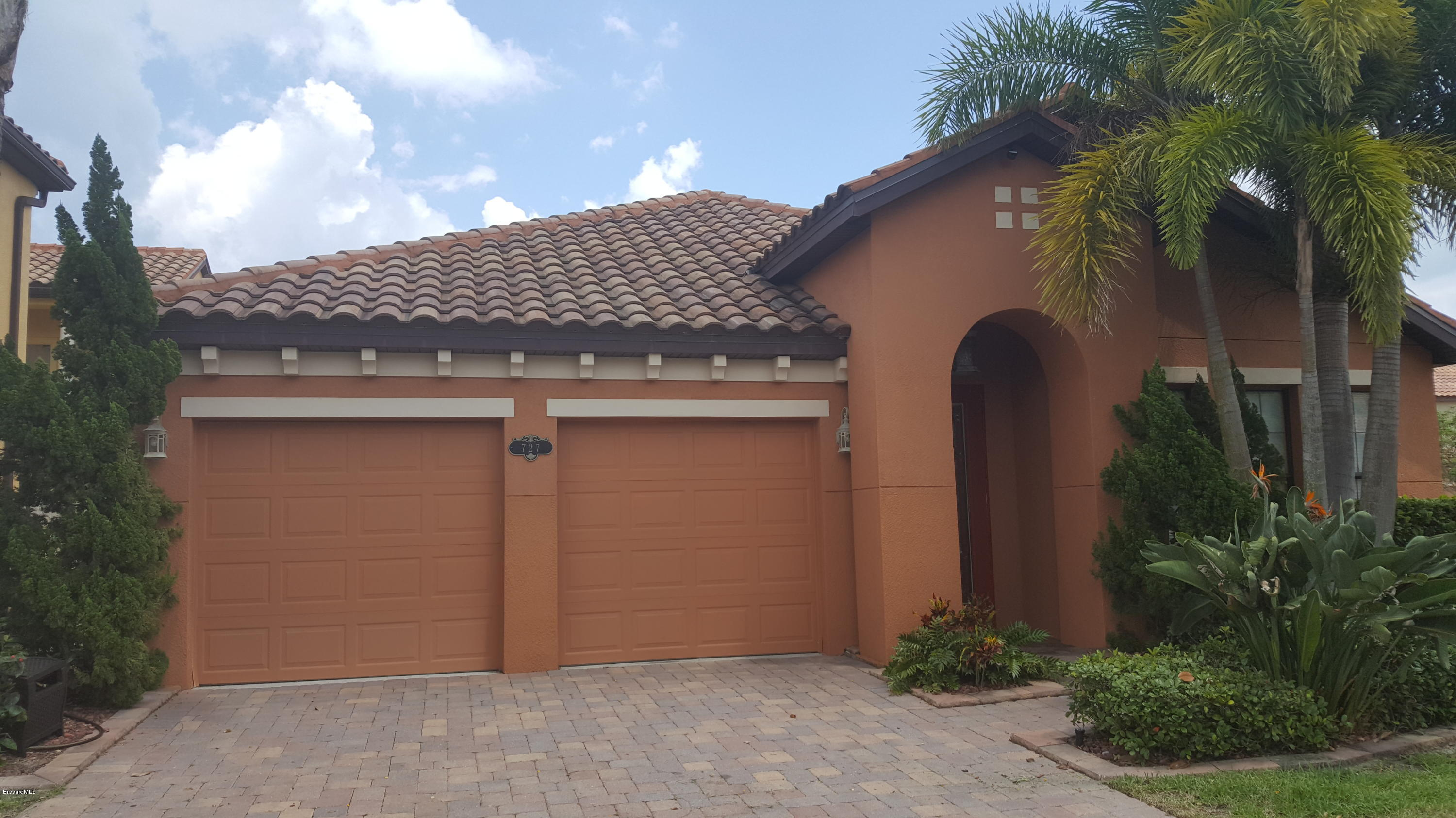 Single Family Homes for Rent at 727 Palos Verde Satellite Beach, Florida 32937 United States