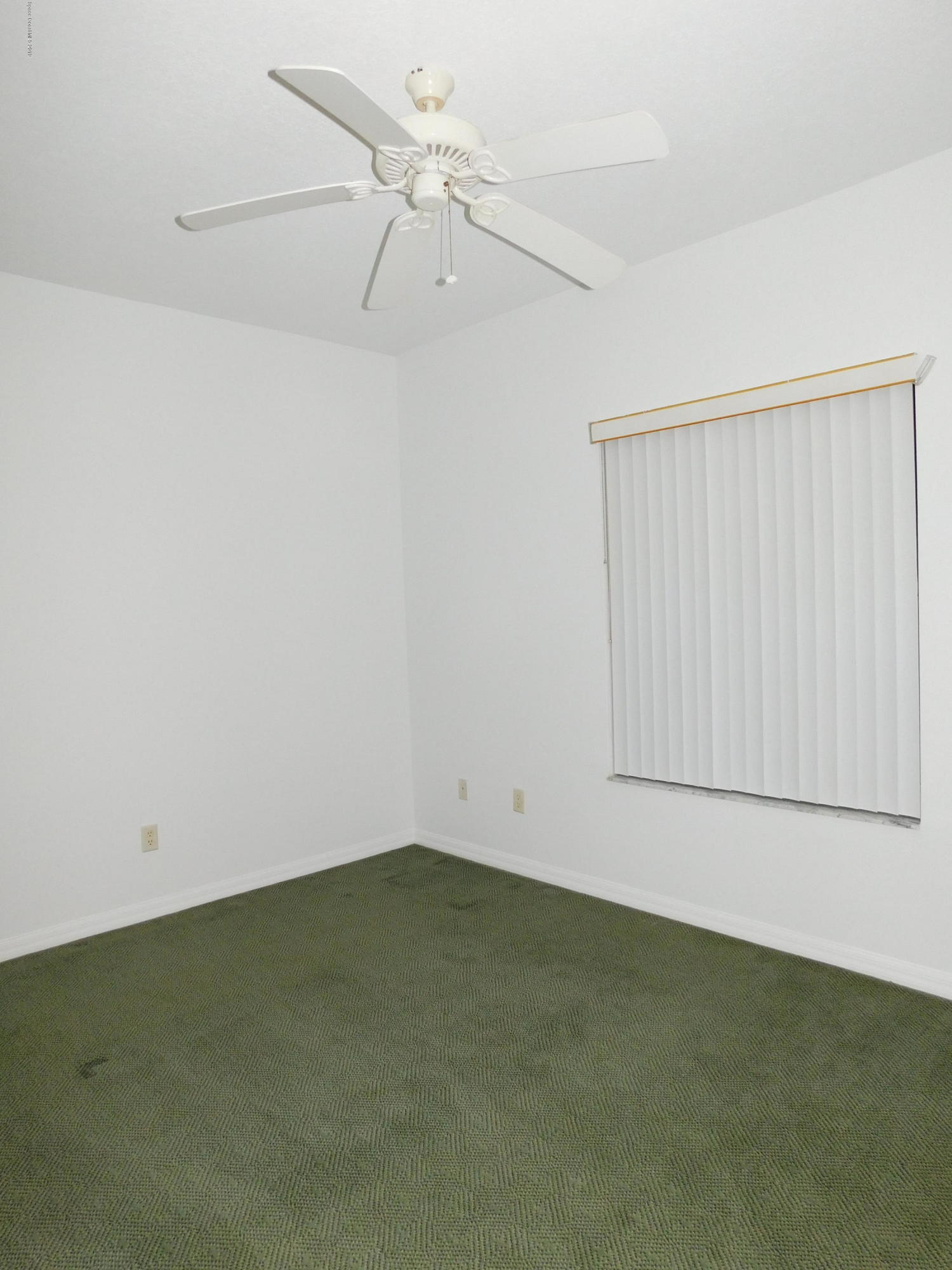 Additional photo for property listing at 860 S Orlando Cocoa Beach, 佛羅里達州 32931 美國