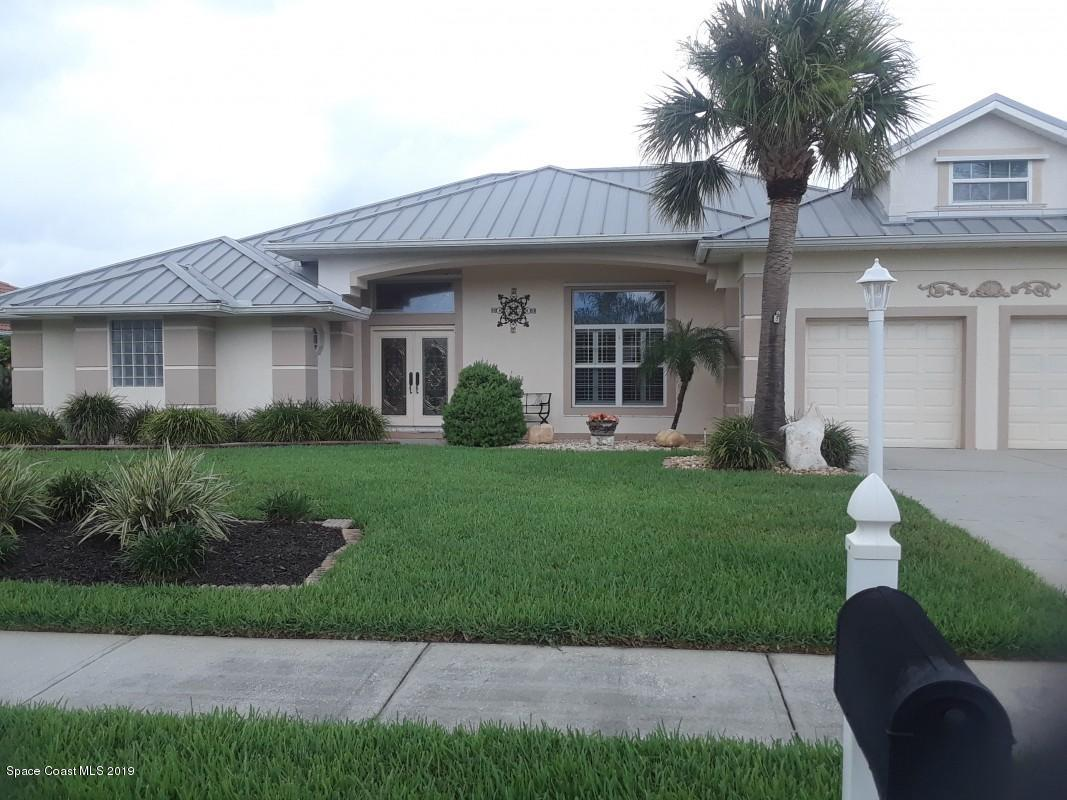 Single Family Homes for Sale at 120 Signature Melbourne Beach, Florida 32951 United States