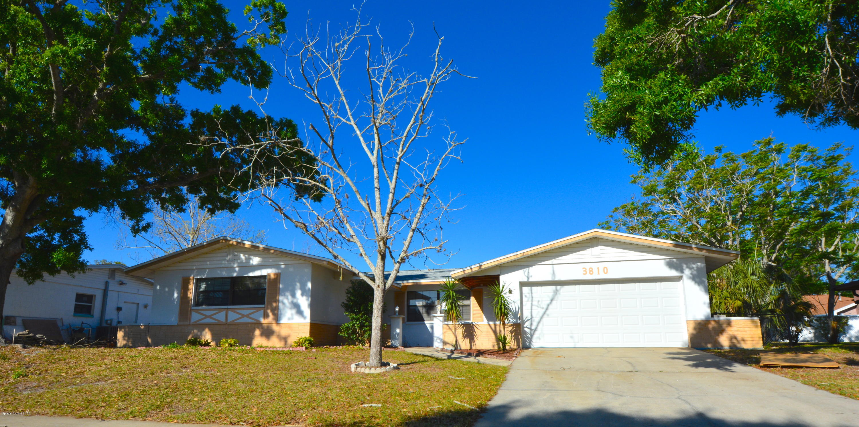 Single Family Homes for Rent at 3810 Valley Titusville, Florida 32780 United States
