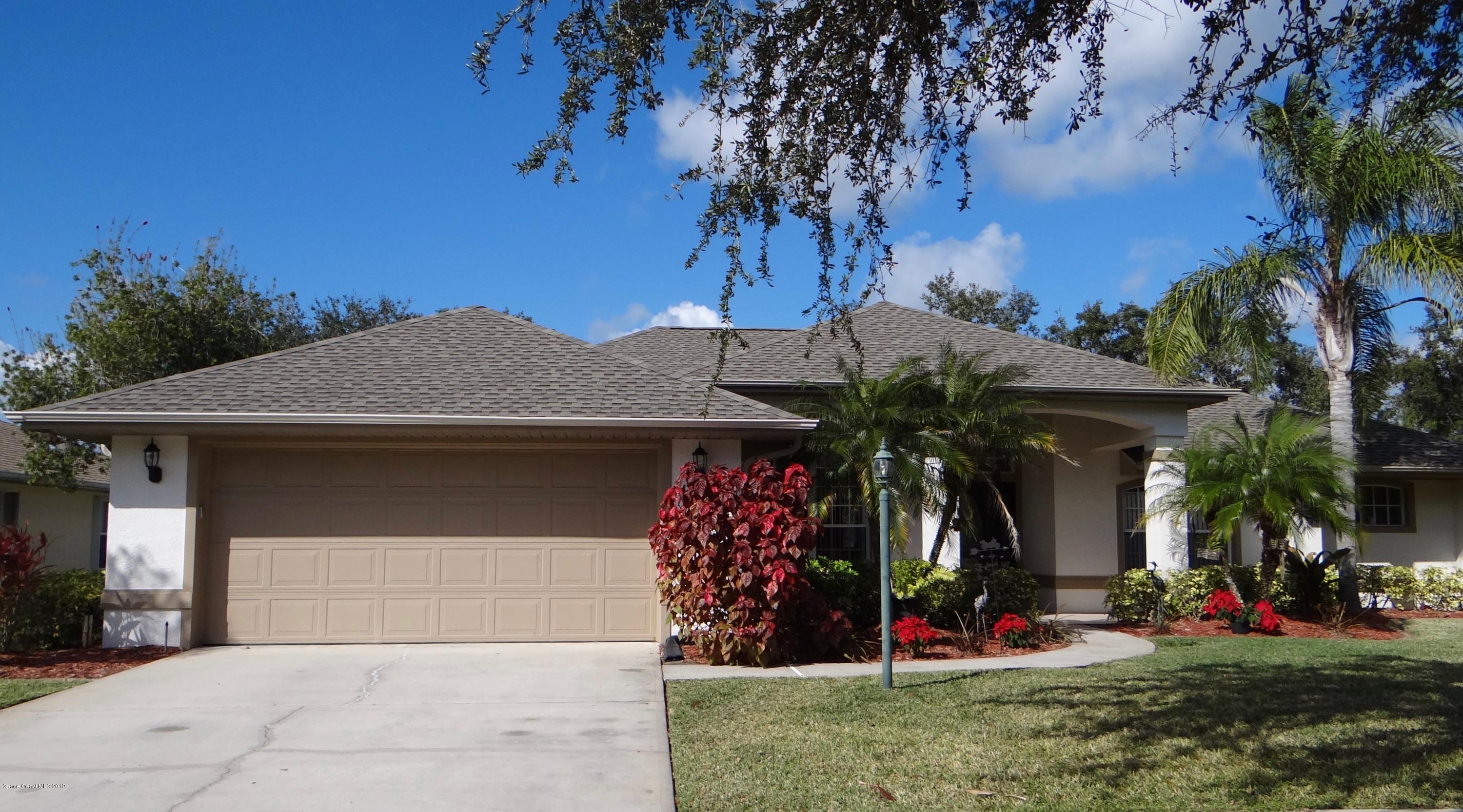 Single Family Homes for Sale at 941 Gardenbrook Palm Bay, Florida 32909 United States