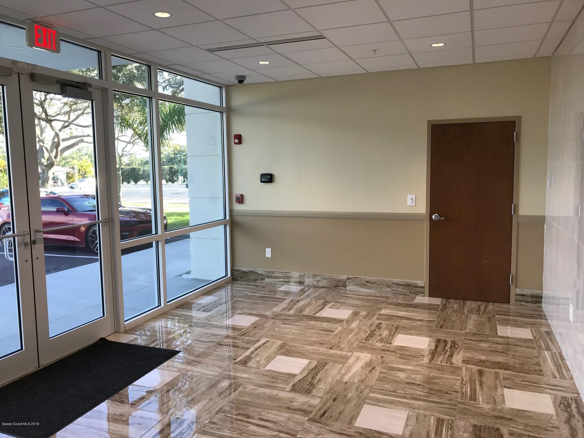 Commercial for Rent at 2 Suntree Melbourne, Florida 32940 United States