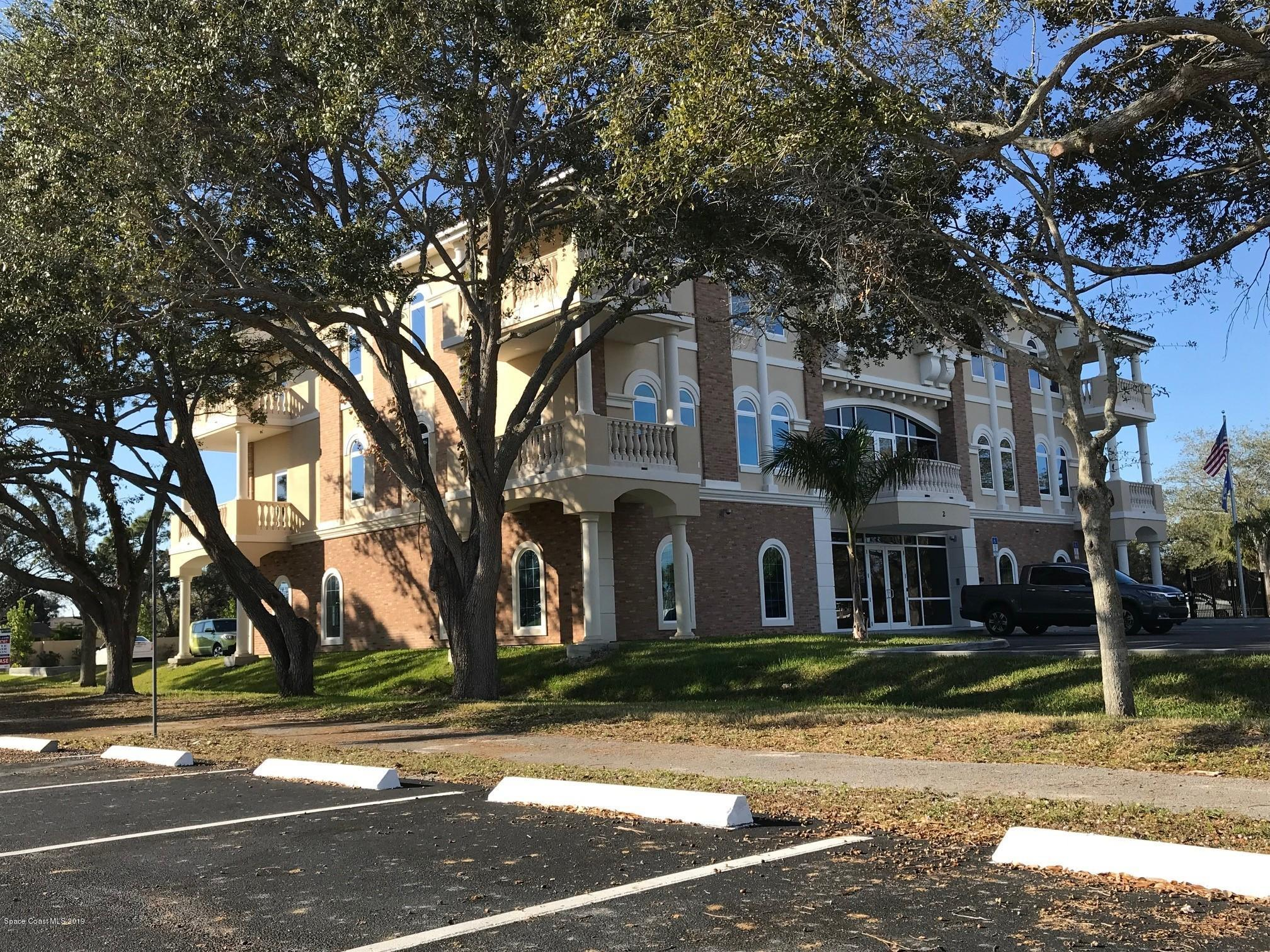 Additional photo for property listing at 2 Suntree Melbourne, Florida 32940 United States