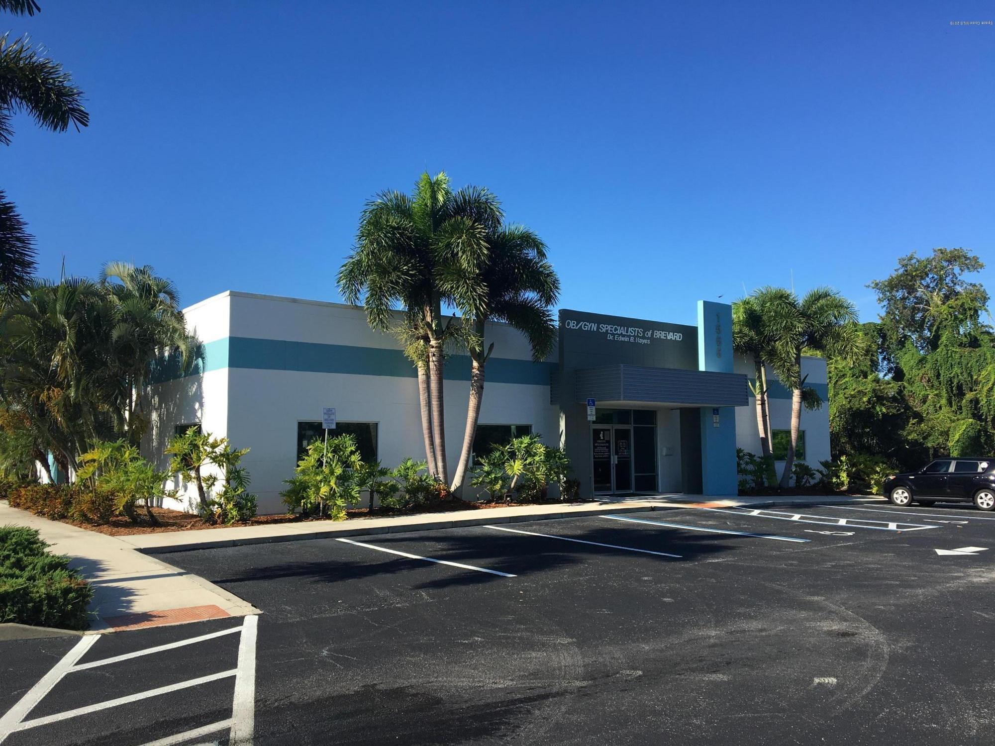 Commercial for Sale at 1555 W Nasa Boulevard Melbourne, Florida 32901 United States