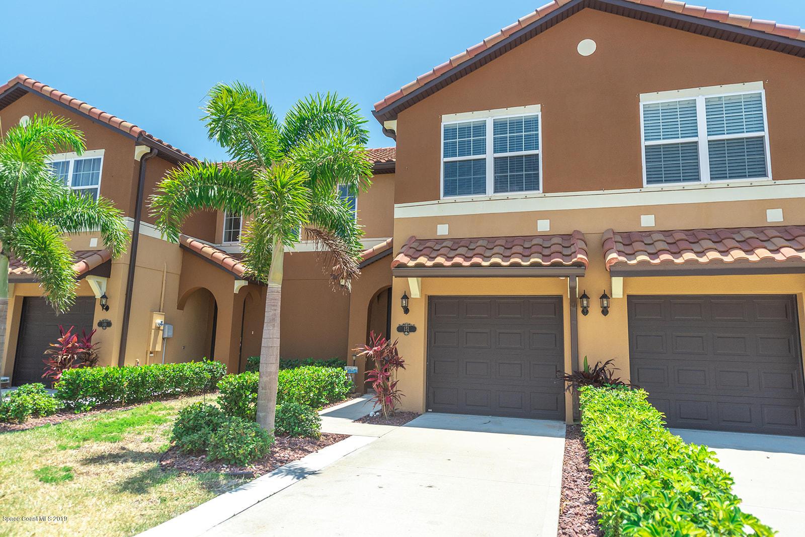 Single Family Homes for Rent at 151 Redondo Satellite Beach, Florida 32937 United States