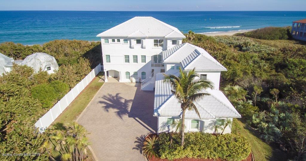 Single Family Homes for Rent at 5745 S Highway A1a Melbourne Beach, Florida 32951 United States
