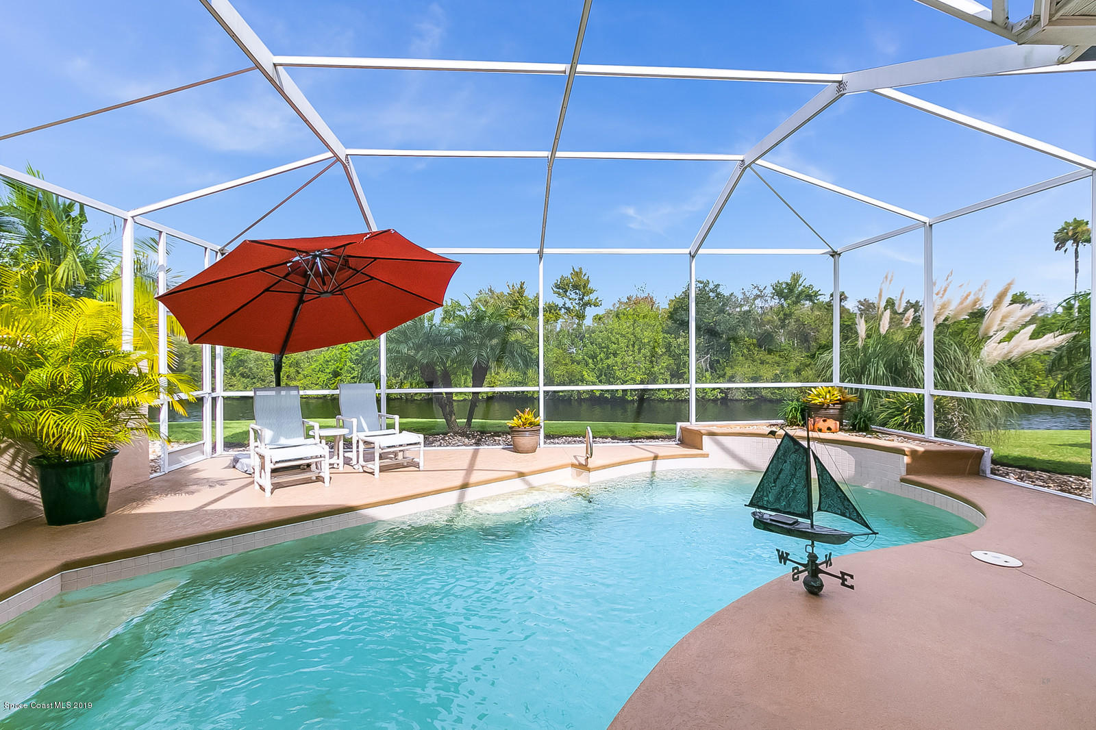 Single Family Homes for Sale at 925 Palm Brook Melbourne, Florida 32940 United States