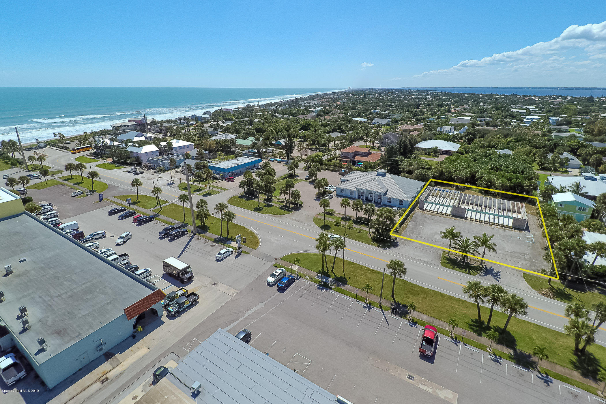 Commercial for Sale at 309 Ocean Avenue Melbourne Beach, Florida 32951 United States