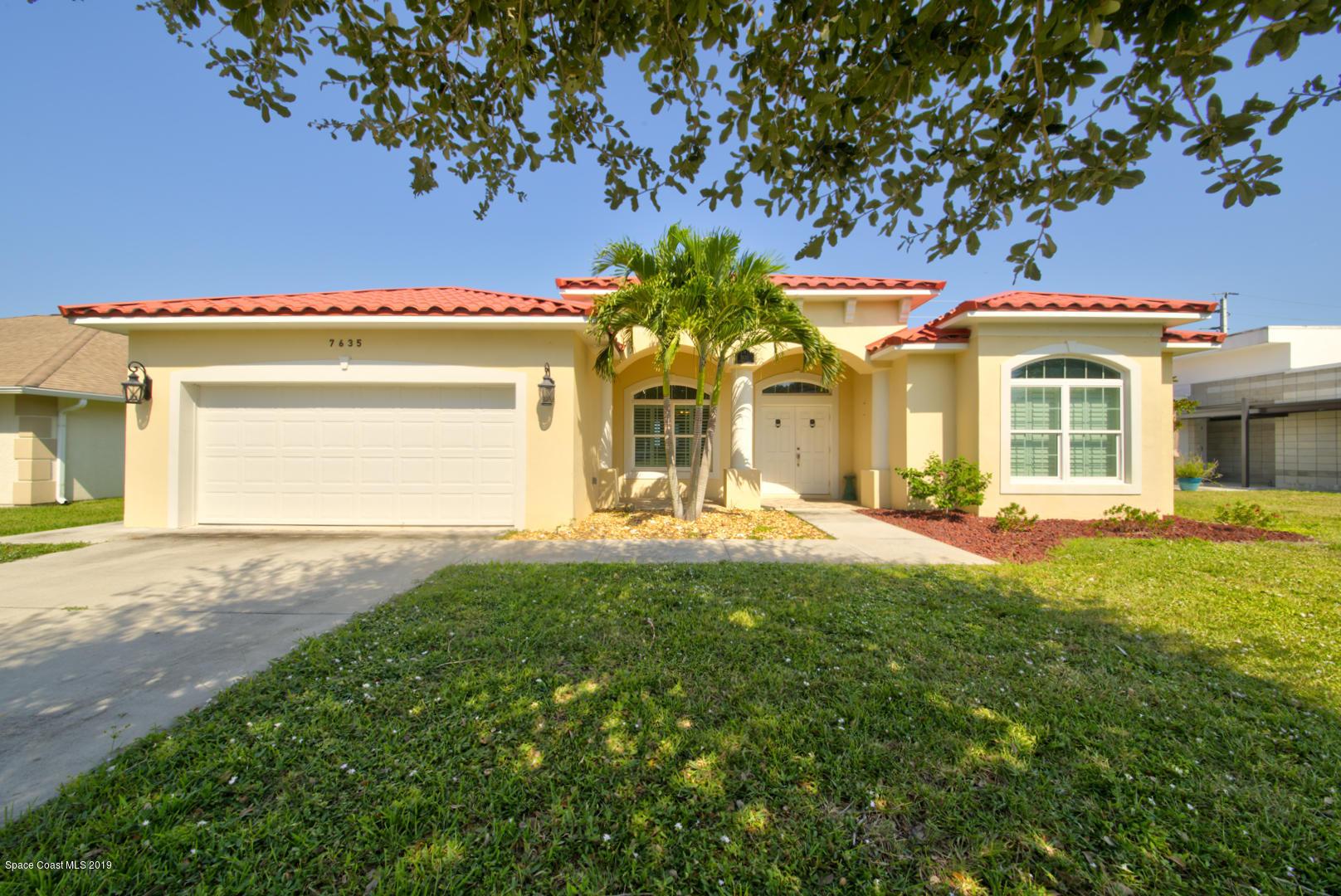 Single Family Homes 용 매매 에 7635 Agawam Micco, 플로리다 32976 미국