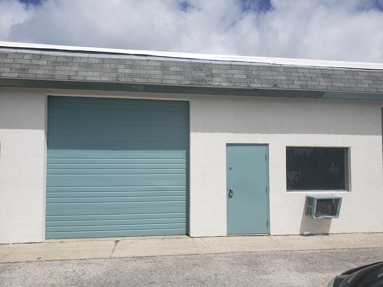 Commercial for Sale at 710 Washburn Road Melbourne, Florida 32934 United States