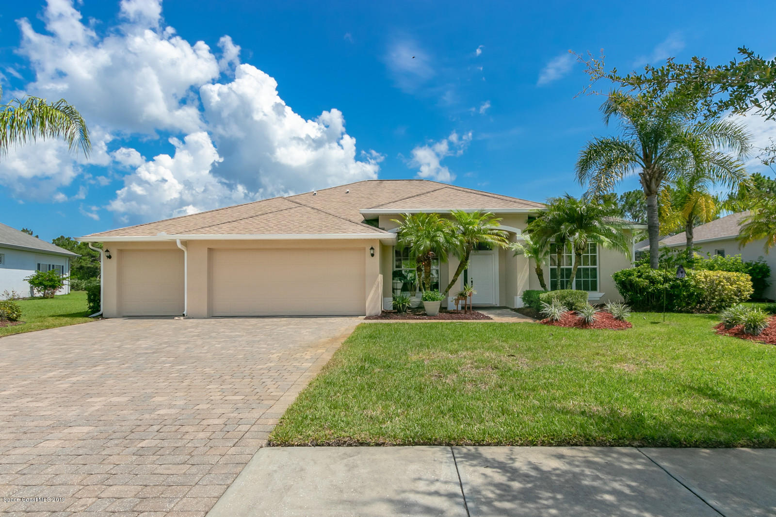 Single Family Homes for Sale at 109 Ridgemont Palm Bay, Florida 32909 United States