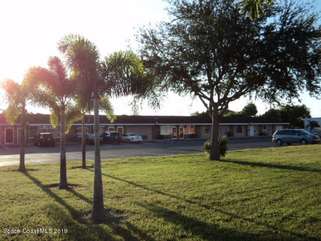 Commercial for Rent at 1301 S Patrick Satellite Beach, Florida 32937 United States