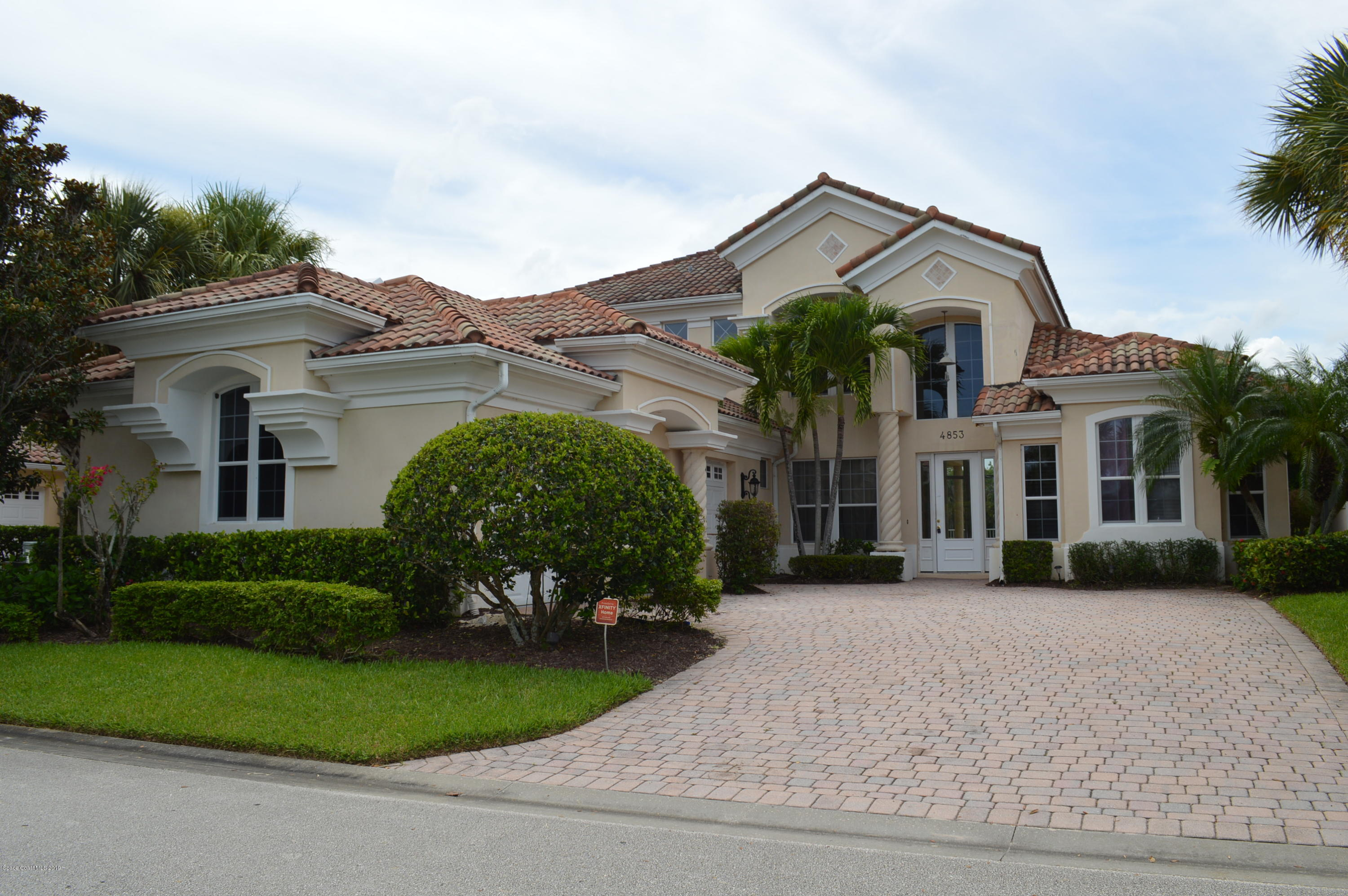Single Family Homes for Sale at 4853 River Village Vero Beach, Florida 32967 United States
