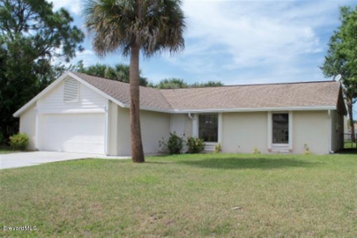 Single Family Homes for Rent at 235 NE Brescia Palm Bay, Florida 32907 United States
