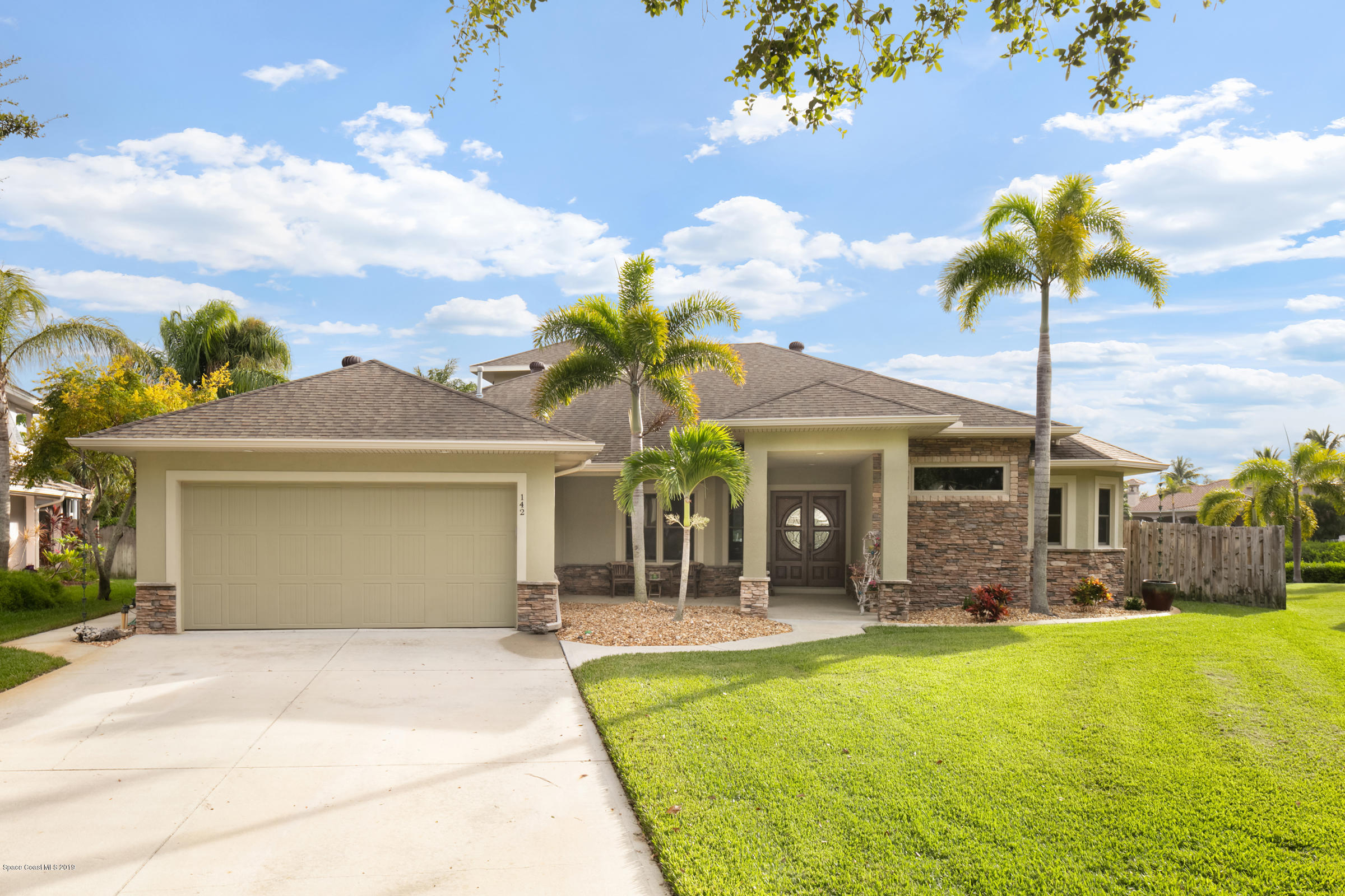 Single Family Homes for Sale at 142 Windward Indian Harbour Beach, Florida 32937 United States