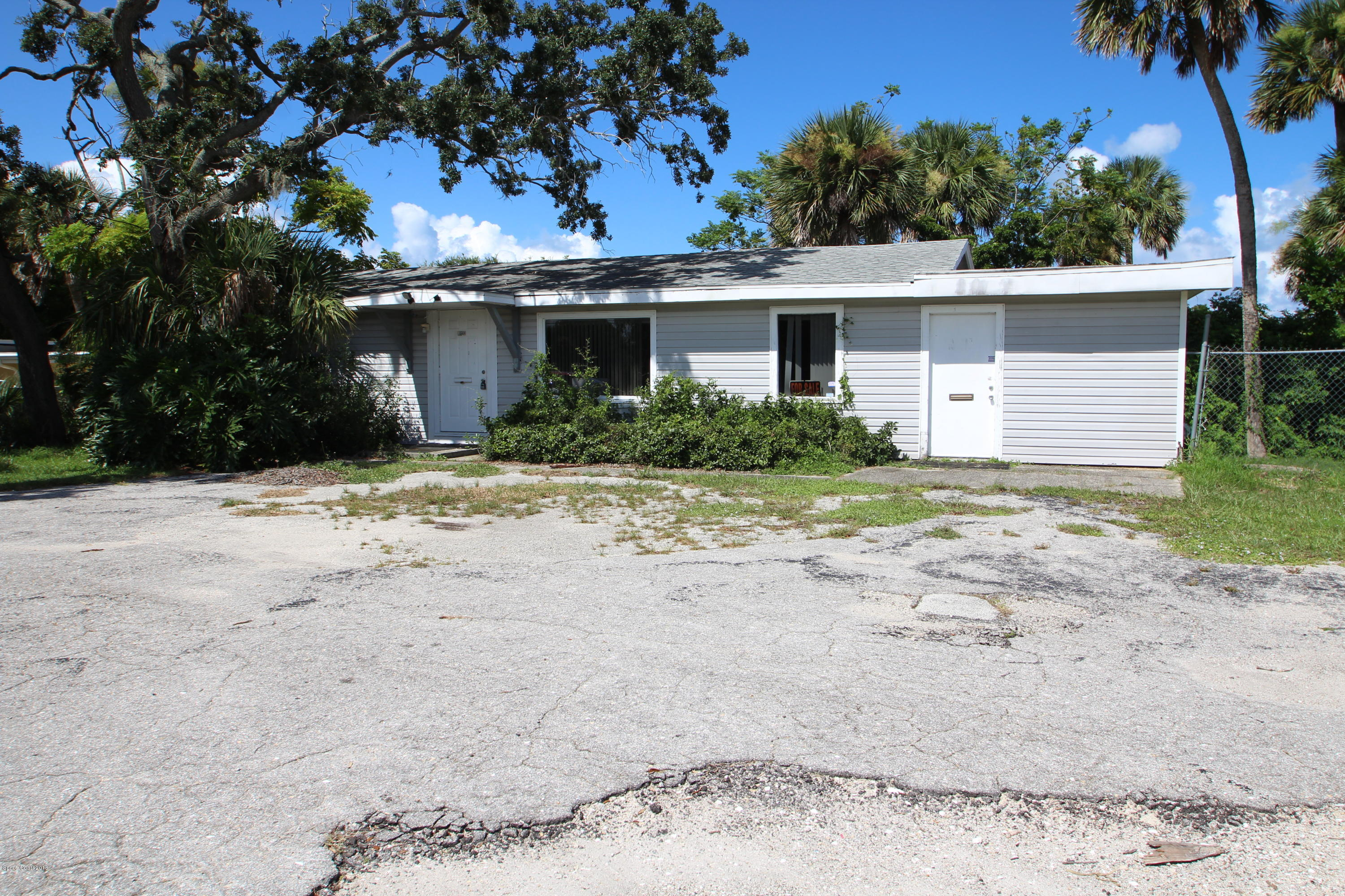 Commercial for Sale at 3925 Dixie Highway Palm Bay, Florida 32905 United States