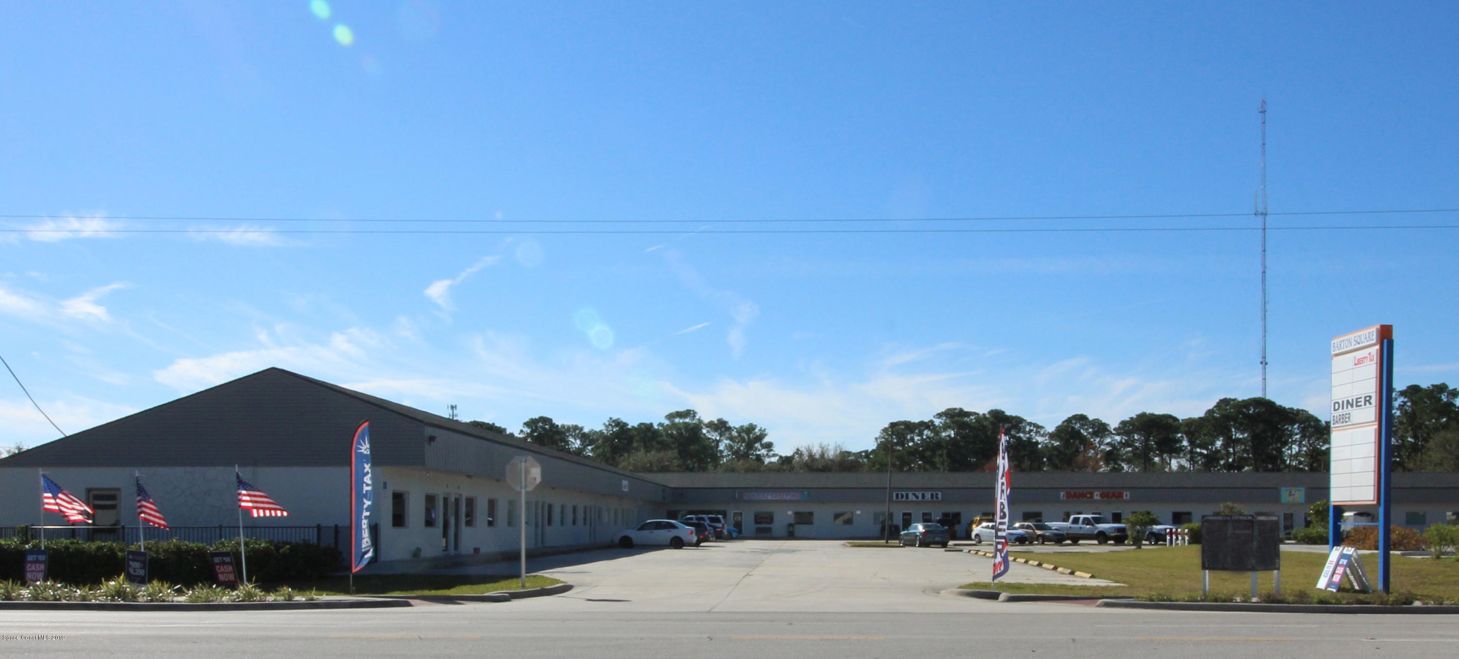 Commercial for Sale at 563 Barton Boulevard Rockledge, Florida 32955 United States