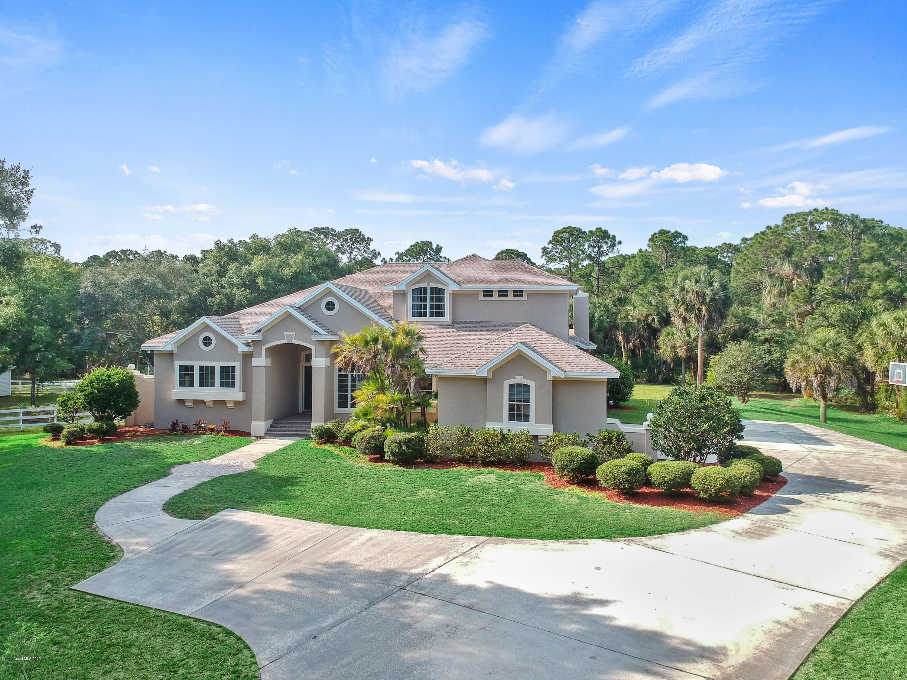 Photo of 5420 Willoughby Drive, Melbourne, FL 32934