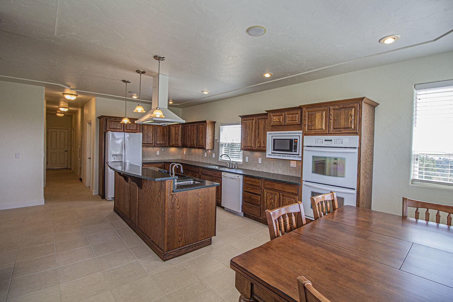 Property located at 7608 Lakeview Drive Pueblo CO 81005 photo