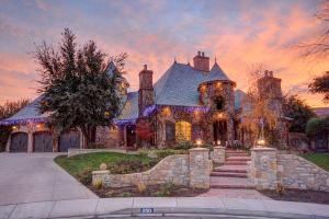 Property for sale at 250 Le Grande, Santa Clara,  UT 84765