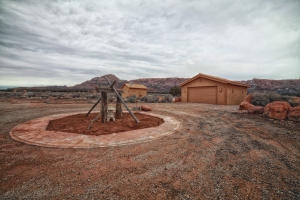 detached garage & shed