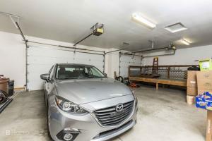 Oversized/Extra Deep Garage