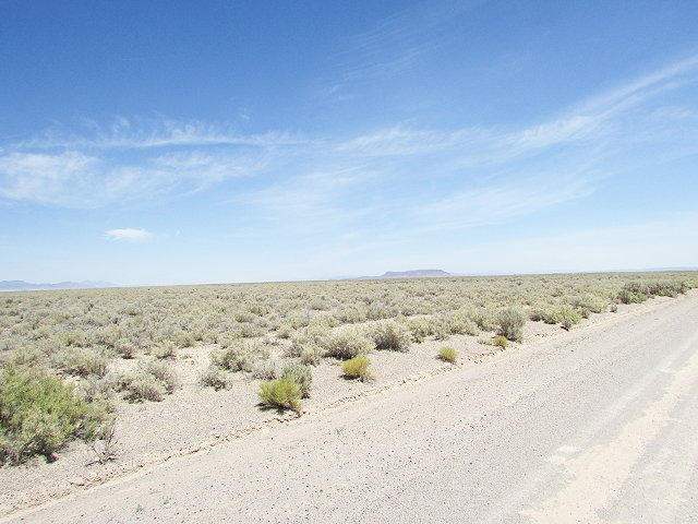 20 acre Beryl parcel, possible water right buyer to verify listed under SJC. Package of two lots available for $20,000/