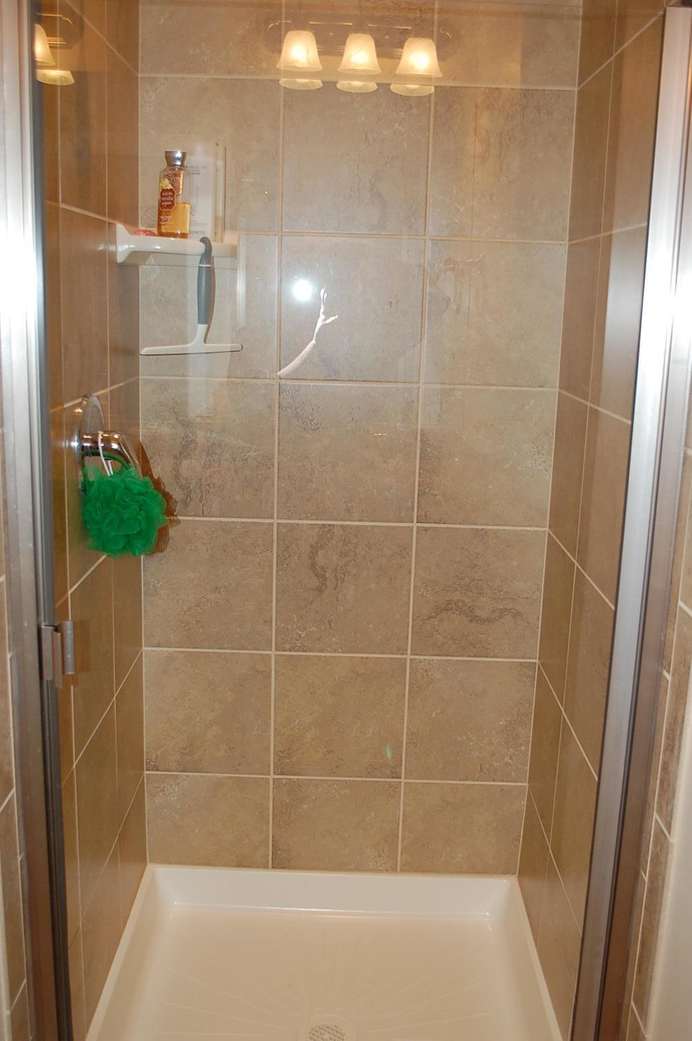 Virtually Brand New - lightly used as vacation home.  Upgraded cabinets, granite throughout. Master Suites on main floor and 2nd floor. Loft .Wired for alarm system. Ceilings, doors and showers are extra high. Tinted windows. End Unit.  Close to pool. Furniture package is available. Shopping,  walking trails., recreational areas and National Parks nearby. Easy Freeway Access.