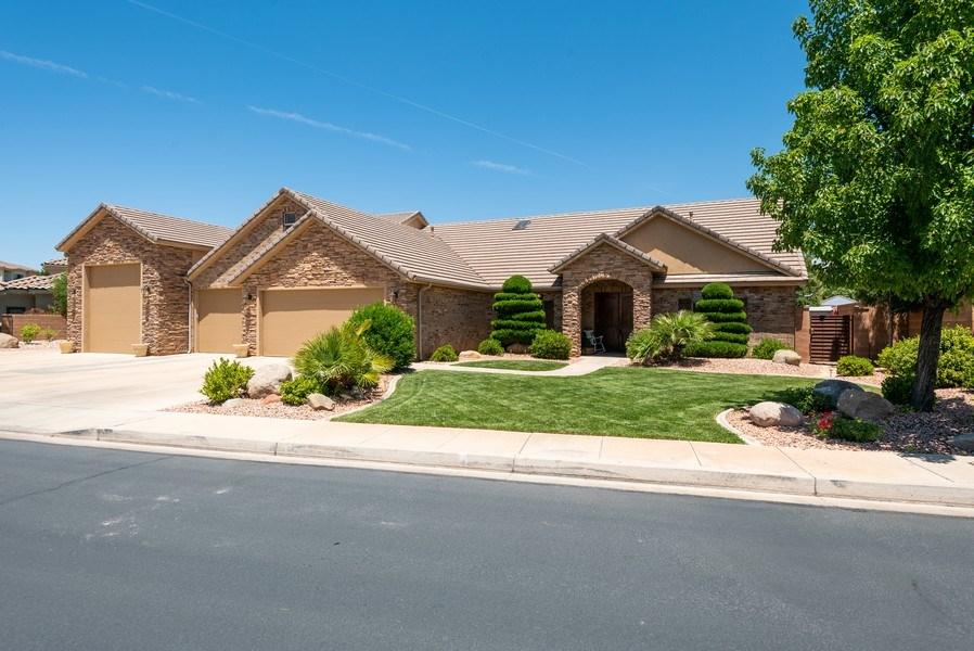 2239 E Slate Ridge Dr., St George in Washington County, UT 84790 Home for Sale