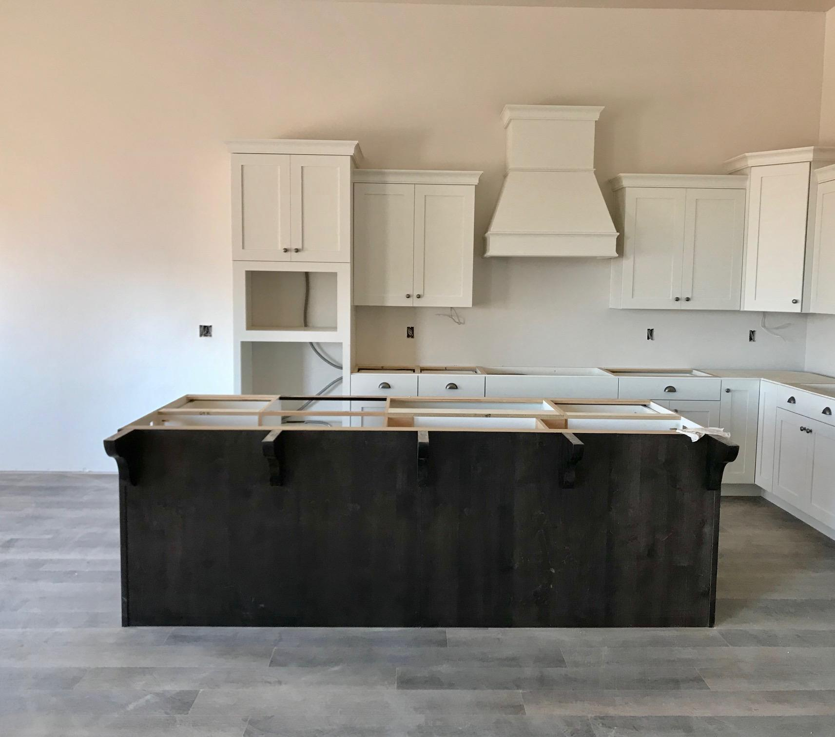 S&S Homes New Construction at Shooting Star! Check out this 6br 4.5ba home on .27 acre lot with no homes behind and city park across the street. Front and back yard landscaping included along with all the finishes you\