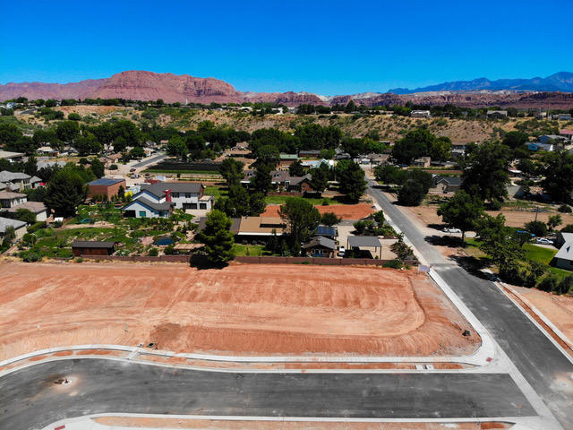 Large, .26 acre lot waiting for you to build your custom home and design your perfect backyard retreat! Rhone is conveniently located in the quaint downtown Santa Clara, across from Santa Clara river, close to Frei\