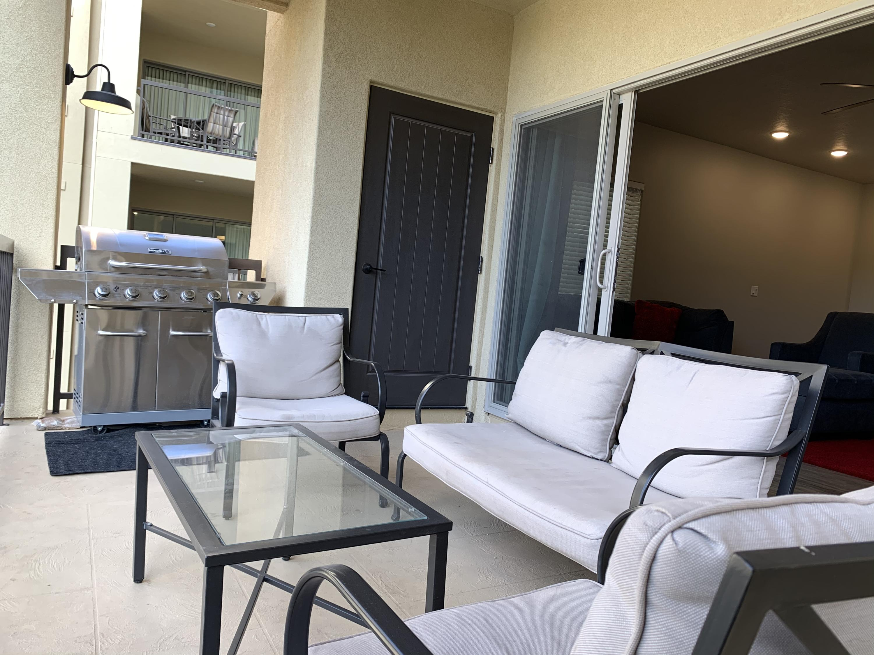 Great open floor plan, large bedrooms and bathrooms, clean and makes $ as a NIGHTLY RENTAL! Close to mountain bike trails, running/walk trails, parks, golf courses, shopping and more.