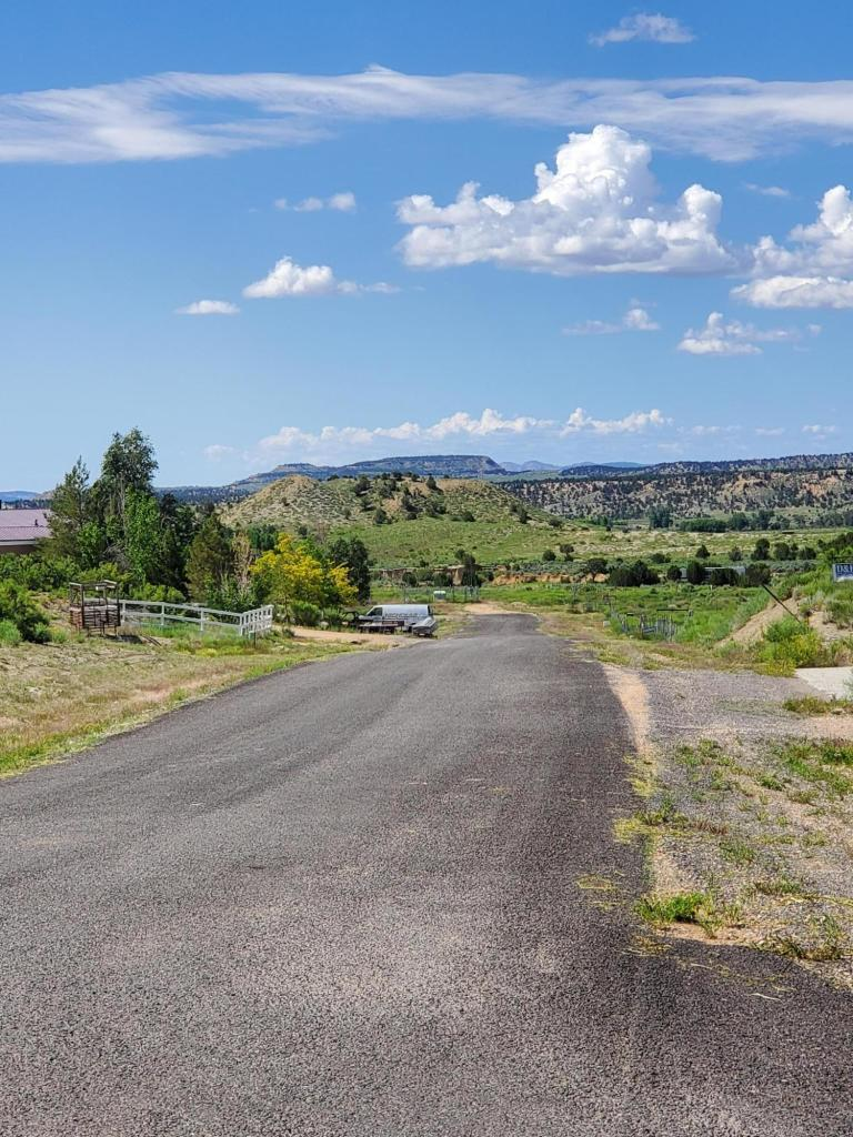Ready to build lot. All utilities at property. Sewer connection now available! Great views of Bryce Canyon, animal rights. Water, phone & electricity to property line. Great area to raise a family, have a second home or retire.