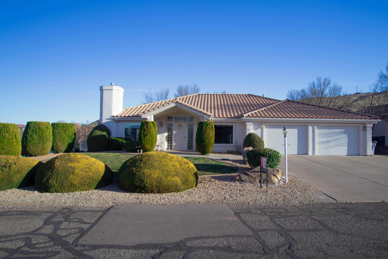 2249  Santa Maria   CT, St George in Washington County, UT 84790 Home for Sale